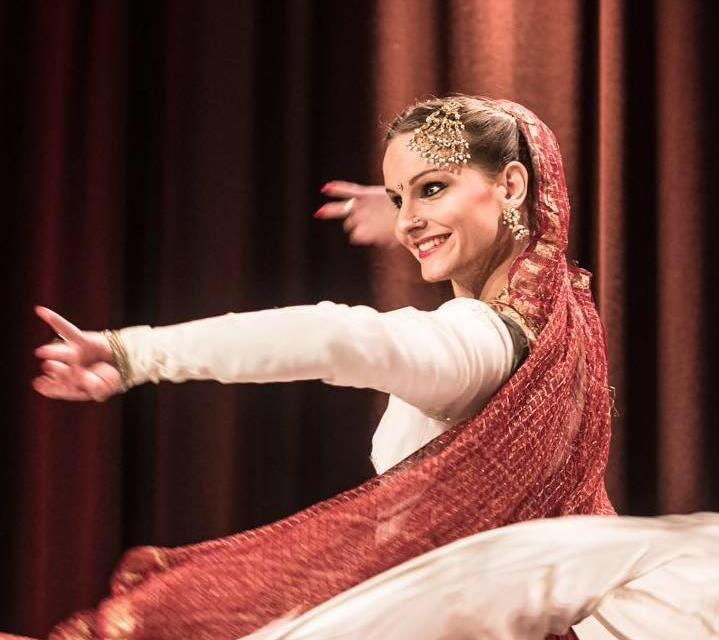 2018.11.20.kathak.dancer.suica